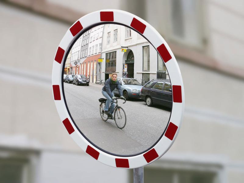 liikluspeegel 2