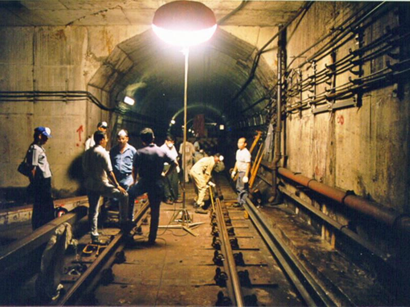 valguspall kaevanduses